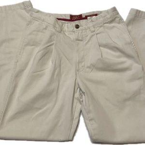 🎩 Eddie Bauer - men's khakis 30 x 32